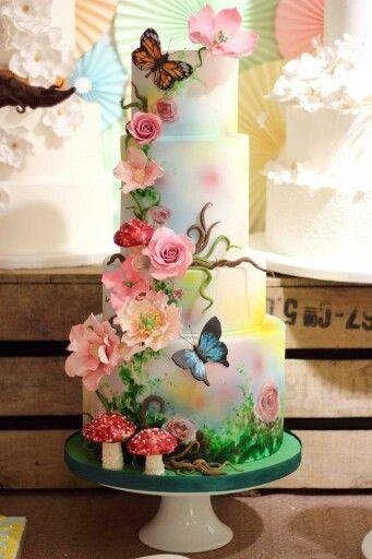 Cake the worlds most amazing wedding cakes 2364824 weddbook the worlds most amazing wedding cakes junglespirit Images