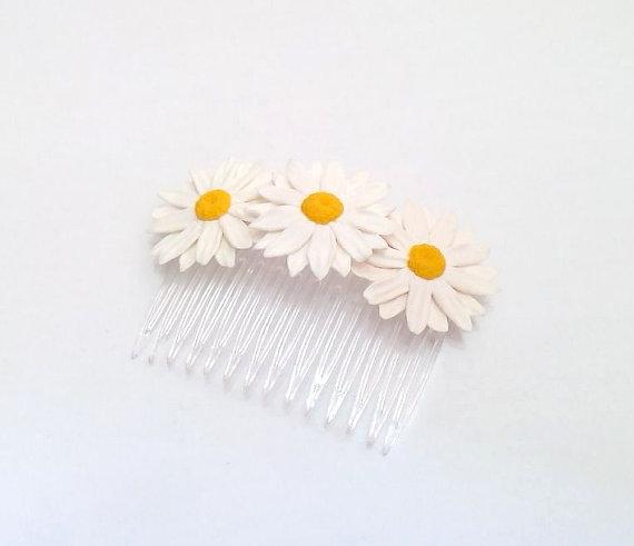 Wedding - Daisies White Flower Comb - Daisies Flower comb - Wedding Hair Comb Romantic Bridal Hair Accessories White Flowers Comb Daisies Comb