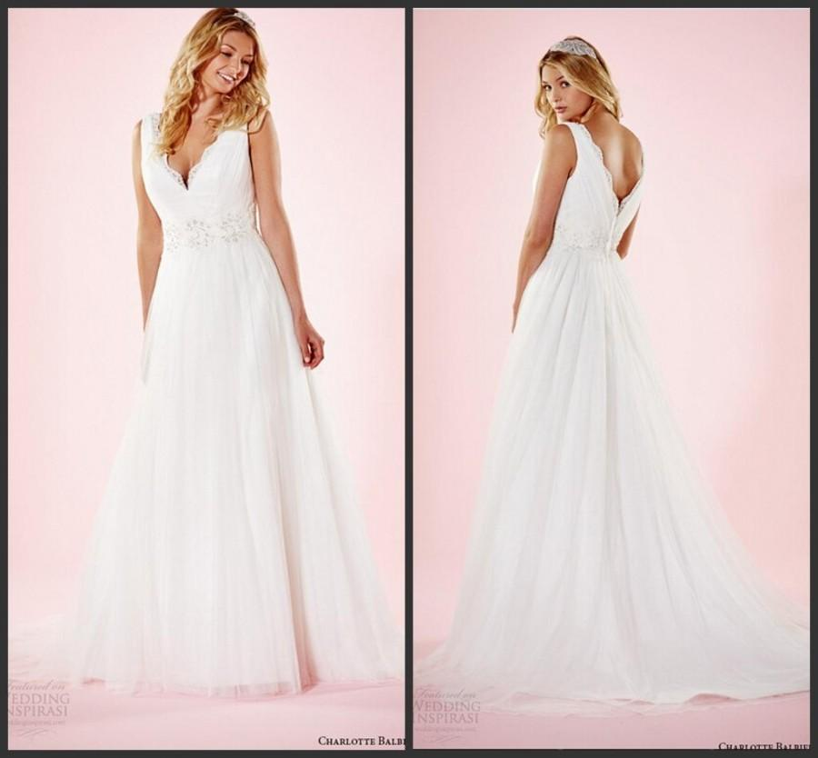 Elegant garden plus size a line tulle 2016 wedding dresses for Elegant plus size wedding dresses