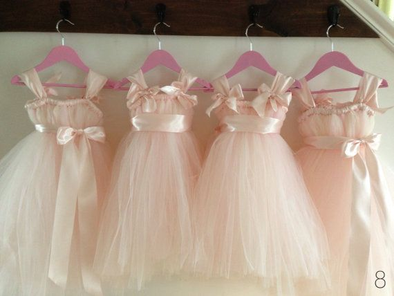 Wedding Gift Ideas For Flower Girl : flower girl trends gift ideas flower girl trends she ll actually like ...