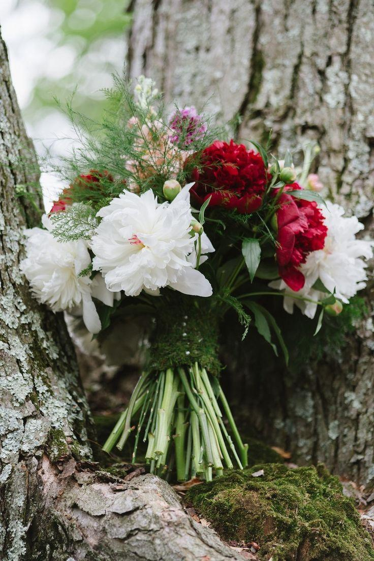 Свадьба - A Romantic Woodland Wedding Bouquet {with Moss Wrapped Stems}