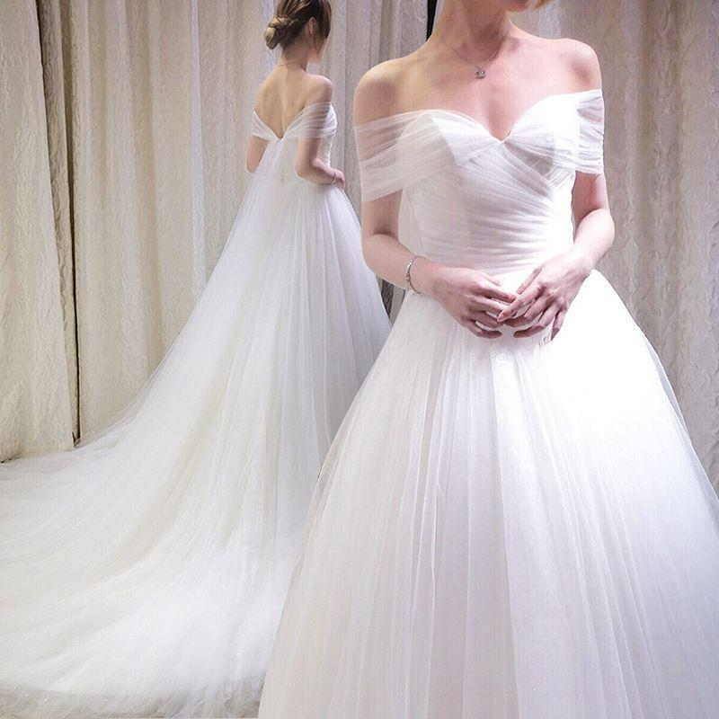 Mariage - Elegant Wedding Dresses Bohemian Off Shoulder Sheer Beach Pleated 2016 Sleeveless Chapel Length Garden White Bridal Ball Gowns A-Line Online with $119.27/Piece on Hjklp88's Store