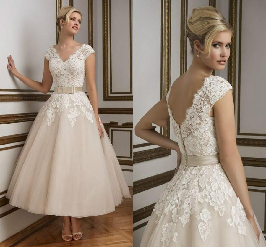 2016 new arrival champagne short wedding dresses beach for Champagne lace short wedding dress