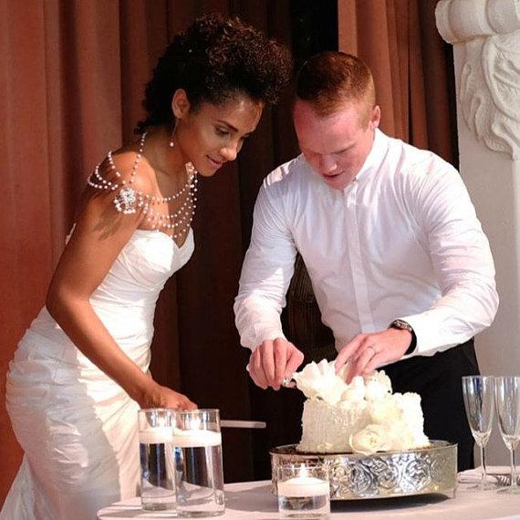 Boda - Wedding Pearl Jewelry, Wedding Dress Shoulder, Wedding Dress Accessory, Bridal Epaulettes, Wedding Accessory, Bridal Accessory