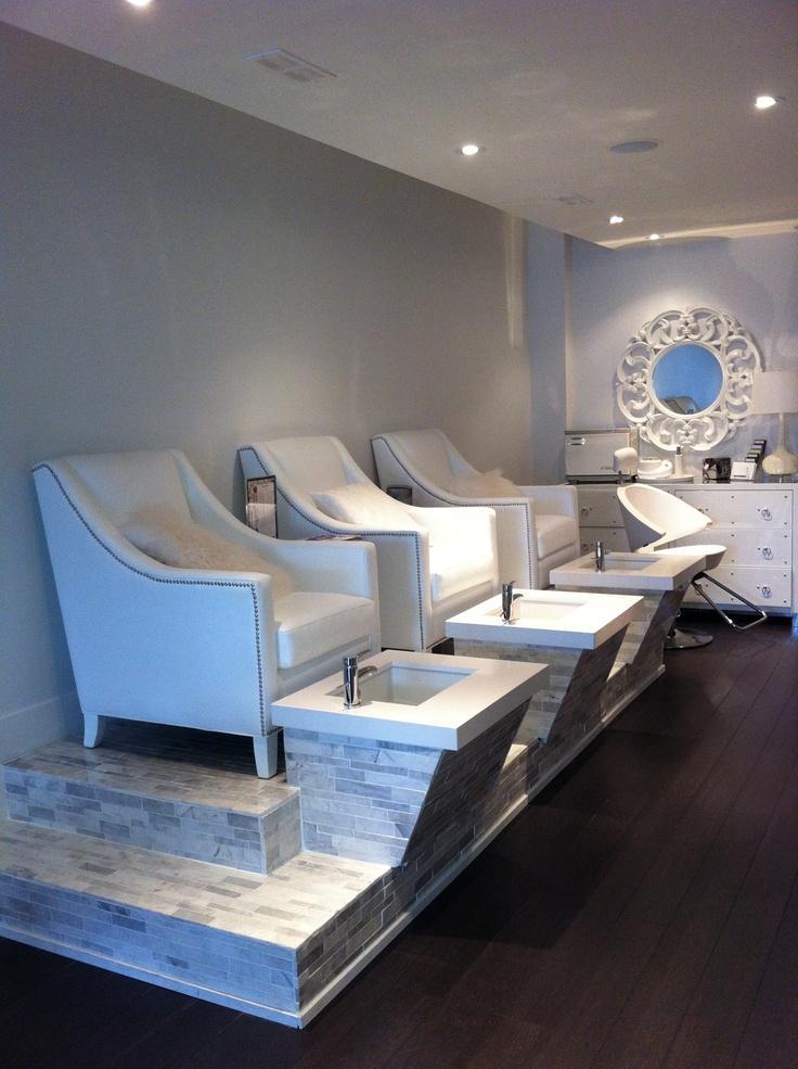 Nail the white room spa lounge 2366553 weddbook for Salon lounge
