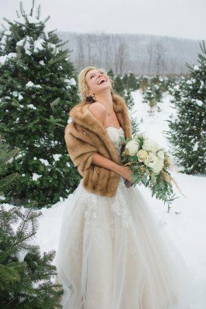Wedding Theme 10 Elegant Winter Brides 2366860 Weddbook