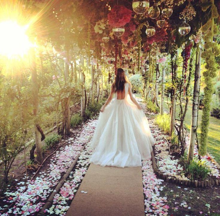 Wedding Theme Gorgeous Wedding Aisles 2367199 Weddbook