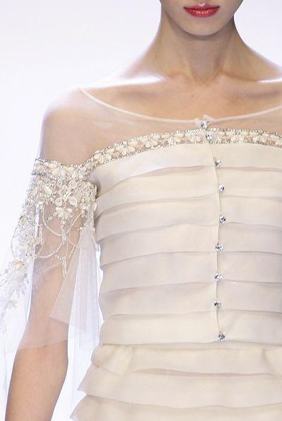 Hochzeit - Valentino At Paris Spring 2007 (Details)