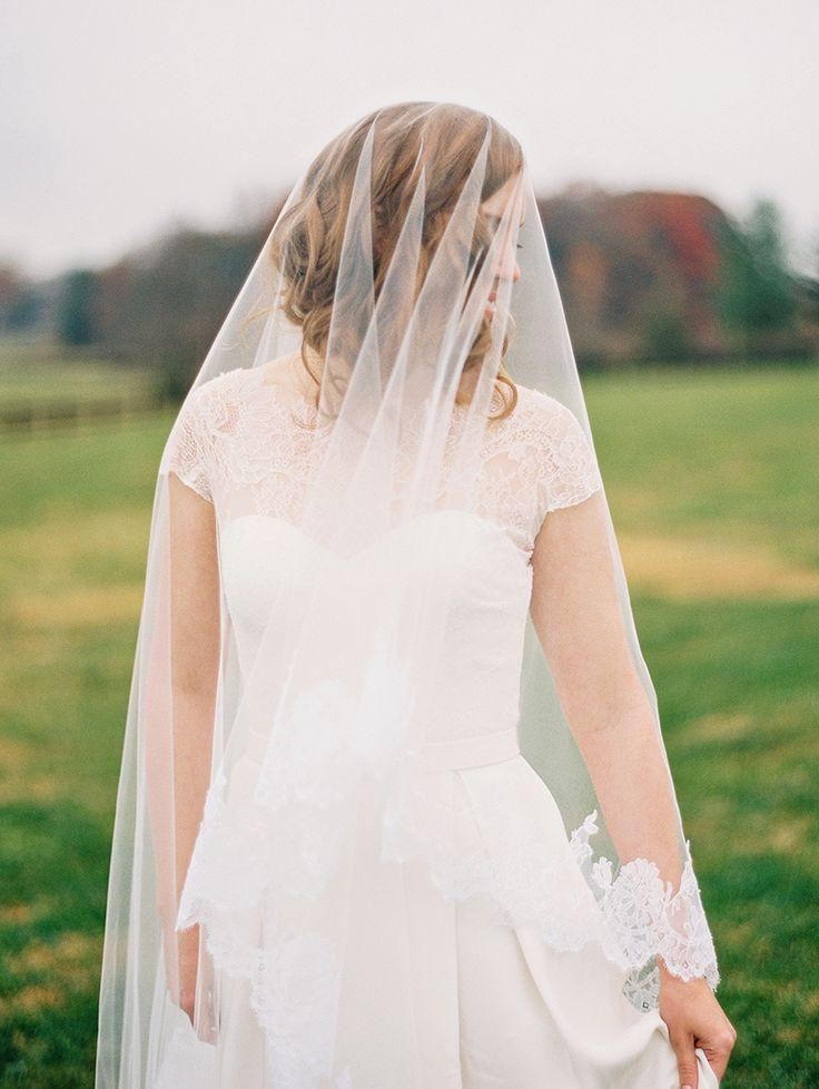 Mariage - Look We Love: Lace Trimmed Veils