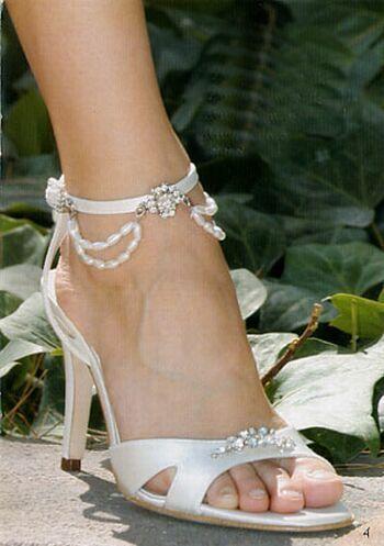Hochzeit - White Wedding Shoes For Women