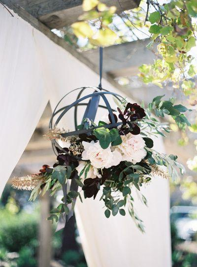 Mariage - Awe-Inspiring Floral Chandeliers