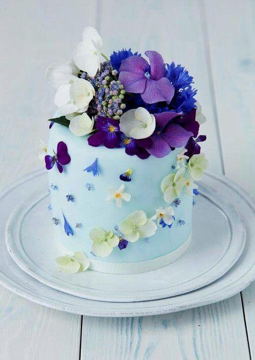 Торты на заказ в с цветами