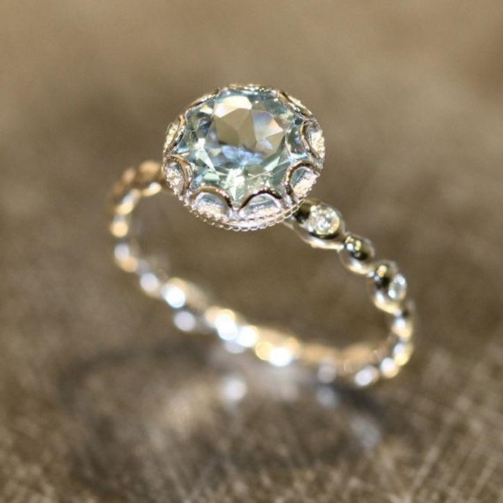 Свадьба - 24 Under $1,000 Engagement Rings