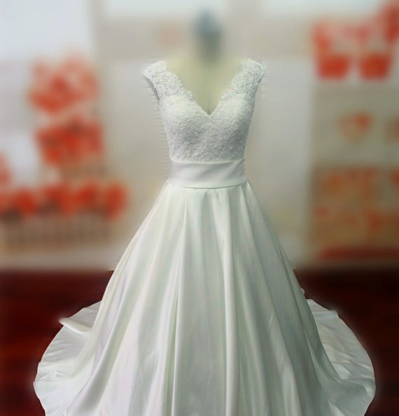 Wedding - Real Samples Lace Bodice Wedding Dress with Sash, Chapel Train Lace-up Bridal Gown