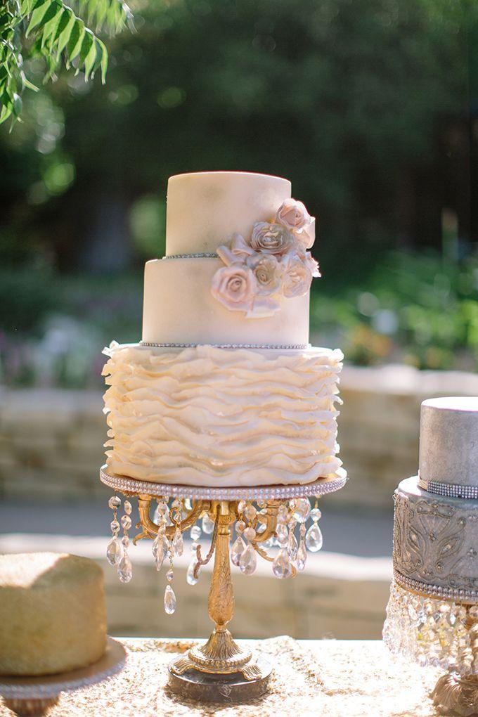 Gateau Gold Vintage Glam Wedding 2371417 Weddbook