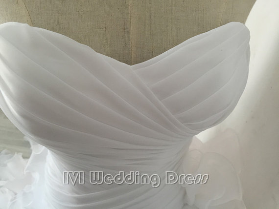 Wedding - Real Photos Pleated Sweetheart Ruffled Wedding Dress Chapel Train Lace-up Bridal Gown