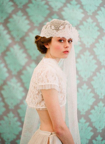 زفاف - French Inspired Bridal Lace Cap With Veil - Style #103