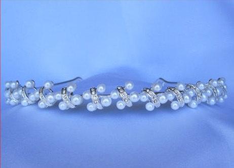 Свадьба - Rhinestone Crystal princess pearl crown tiara Headbandbridesmaid bridal junior pageant wedding party #1218