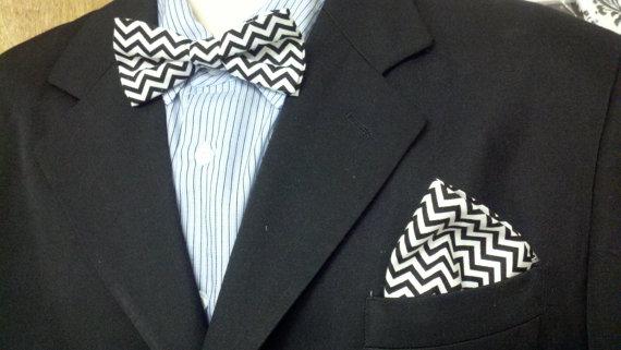 Свадьба - CHEVRON BOWTIE Set-- black ivory navy grey small chevron pattern men, boys and toddler sizes Wedding Party Groom Ringbearer Usher zigzag