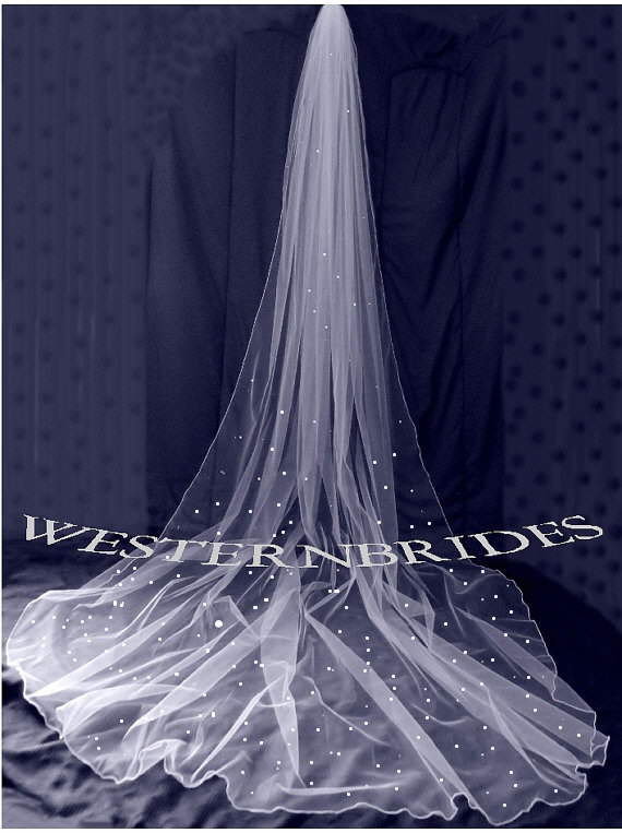 Mariage - White, ivory or Diamond white Bridal Wedding Cathedral veil with Swarovski crystals and pencil edge