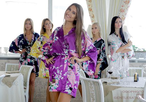 Mariage - Bridesmaid Robes, Set of 8 Bridesmaid Satin Robes, Kimono Robe, Fast Shipping from New York, Regular and Plus Size Robe