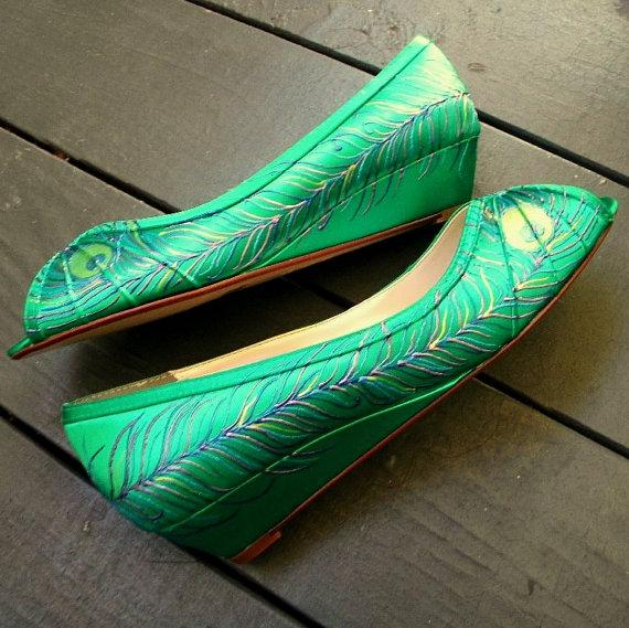Свадьба - Design your own shoes, Wedding Shoes , emerald green wedge , sale shoes, Emerald green shoes, peacock feather low heel peep toes Carolina