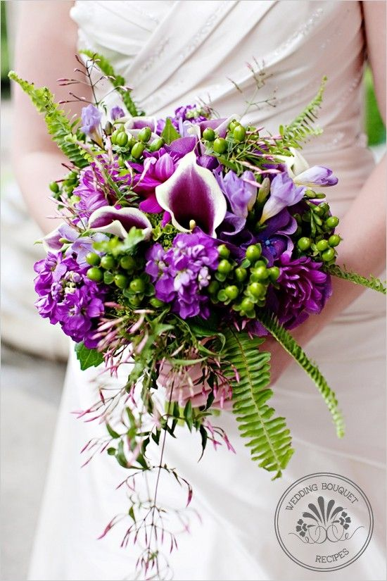 Mariage - Purple And Green Wedding Bouquet