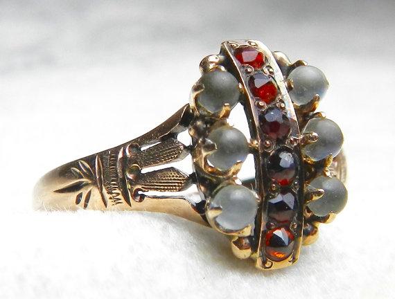 Mariage - Moonstone Ring Bohemian Garnet Engagement Ring Gold 14K Rose Cut Garnet Ring 1800s Victorian Moonstone Aesthetic Era Ring June Birthstone