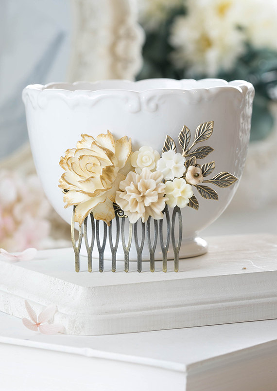 Mariage - Gold Ivory Rose Flower Hair Comb Ivory Floral Bridal Hair Comb Romantic Rustic Vintage Wedding Shabby Chic French Country Victorian Comb