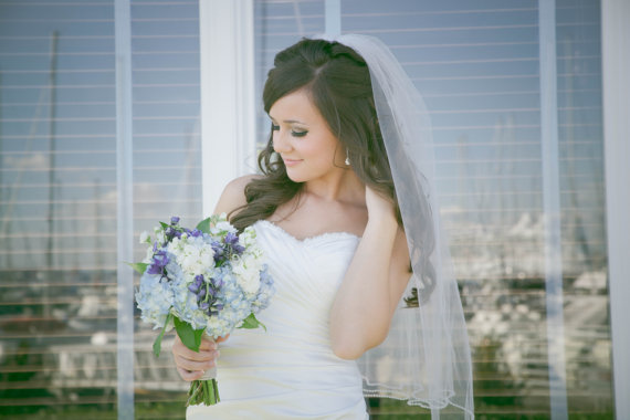 "Hochzeit - Veil with pearls wedding veil 32 inch one tier veil with pearls bridal veil ""Gracie"""