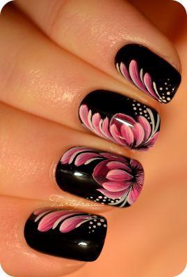 Nail Nail Art Zhostovo Fleur De Lotus 2373260 Weddbook