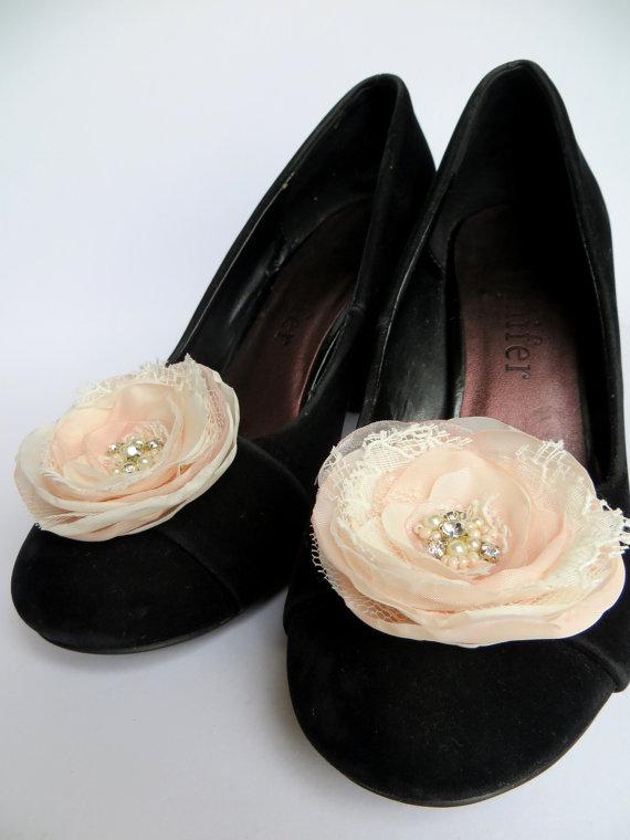 Hochzeit - Ivory, blush wedding shoe clips (set of 2), bridal shoe clips, gold shoe clips, ivory shoe clips,gold wedding,ivory shoe clips, bridal heals