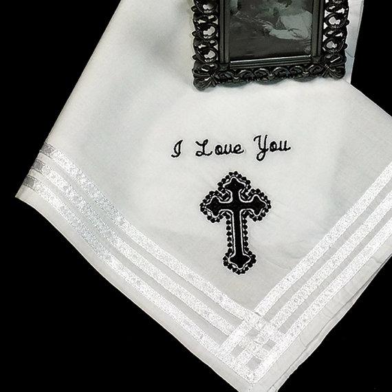 Свадьба - Groom's Wedding Handkerchief Gift Personalized Embroidered Hankerchief