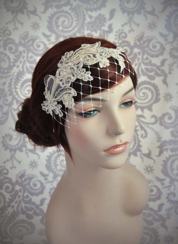Mariage - Champagne Birdcage Veil with Merry Widow Netting and Champagne Lace.  Champagne Lace Bridal Headband, Ivory, White, Champagne, Black - 123BC