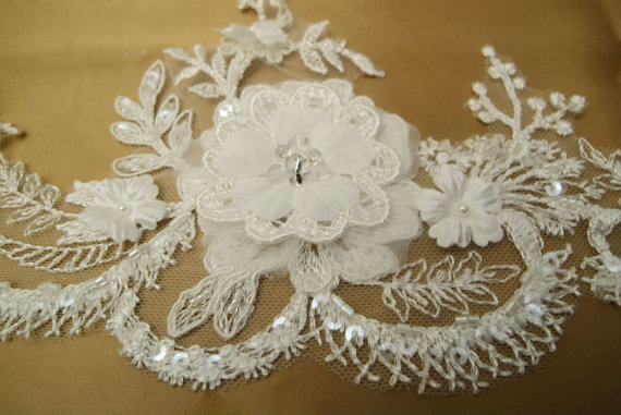 Hochzeit - Bridal Lace Scalloped Trim Flower 3D IvoryTrim  Rhinestone Beaded Trims Veil Edge trim