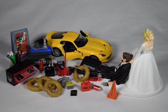 زفاف - Funny Auto Mechanic Car Loving Groom Being Dragged By Bride Wedding Cake Topper with 2013 Yellow SRT Viper GTS Car