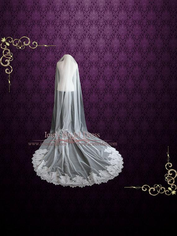 Свадьба - Cathedral Lace Wedding Veil with French Chantilly Lace at the End