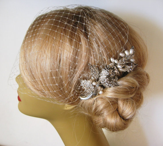 Mariage - Birdcage Veil and a Bridal Hair Comb 2 Items,bridal veil, Natural Freshwater Pearl Headpieces Blusher Birdcage Veil Wedding comb bridal