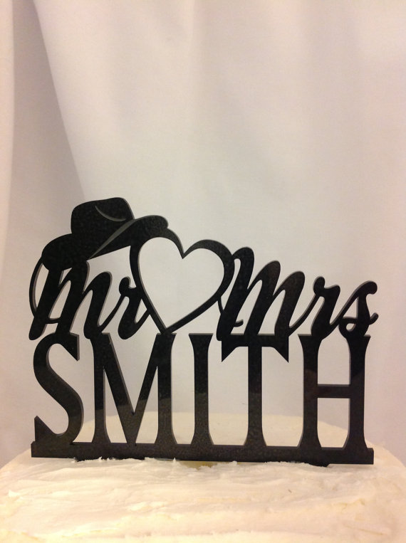 Mariage - Silhouette Western Wedding Cake Topper, Open Heart Cowboy Hat  Mr & Mrs YOUR Surname, YOUR Last Name Custom Wedding Cake Topper