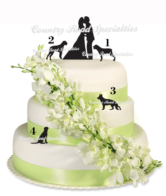 Mariage - Silhouete Kissng Bride and Groom with Pets Wedding Cake Topper