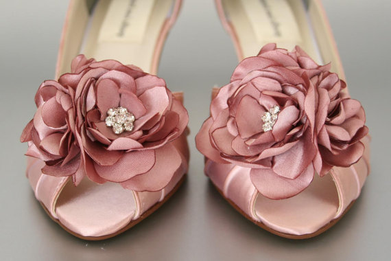 Свадьба - Wedding Shoes -- Antique Pink Wedding Shoes with Matching Flower Adornment