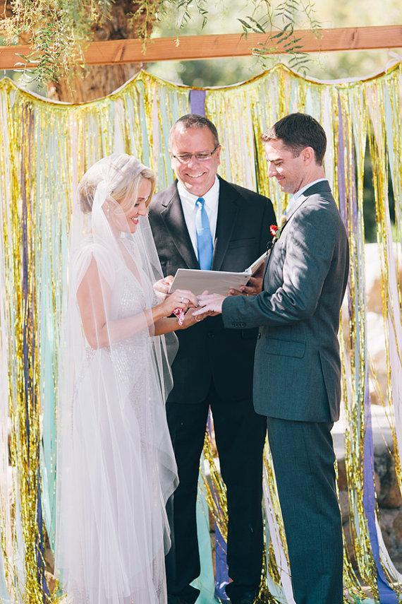 Mariage - Tulle Juliet cap veil Wedding Bridal Veil white, ivory, Wedding veil bridal Veil Fingertip length veil bridal veil cut edge veil, 1920s veil