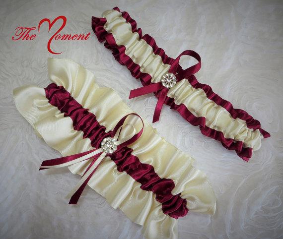 Hochzeit - Ivory and Wine Red Garter Set, Wedding Garter, Bridal Garter, Keepsake Garter, Toss Away Garter, Prom Garter, Costume Garter, Ivory Garter