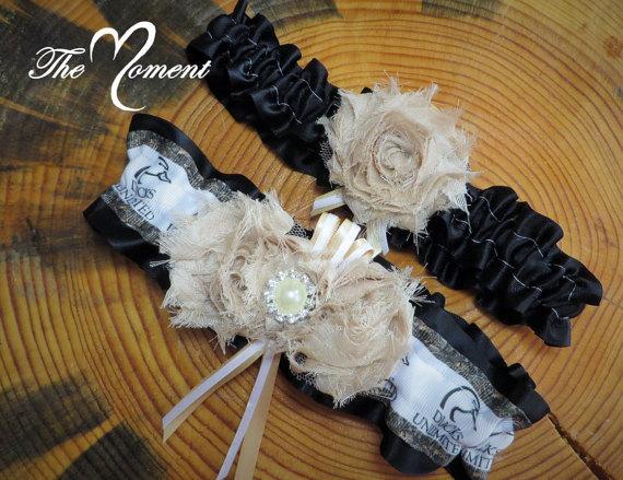 Свадьба - Camo Garter, Camo Wedding Garter Set, Black and Ivory Garter, Handmade Garter Set, Duck hunting Garter, Camo Wedding, Bridal Garter