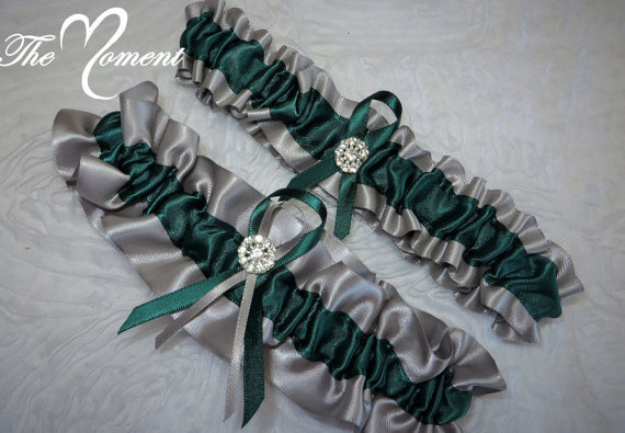 Свадьба - Silver and Hunter Green Set, Hunter Green and Silver Garter Set, Ribbon Garter, Prom Garter, Silver Garter, Bridal Garter, Wedding Garter