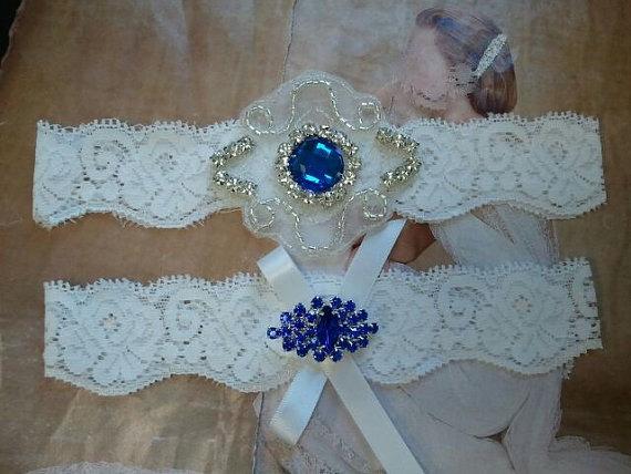 Hochzeit - Wedding Garter, Bridal Garter, Garter - Something Blue Crystal Rhinestone on a White Lace - Style G275