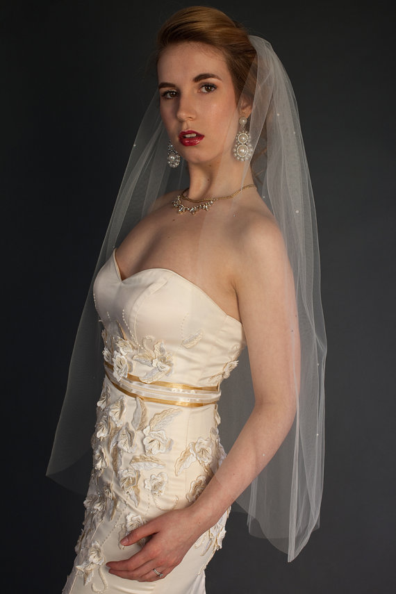 "Mariage - 1-tier Fingertip veil with scattered pearls, bridal veil, Available in 36"" to 44"" lengths"
