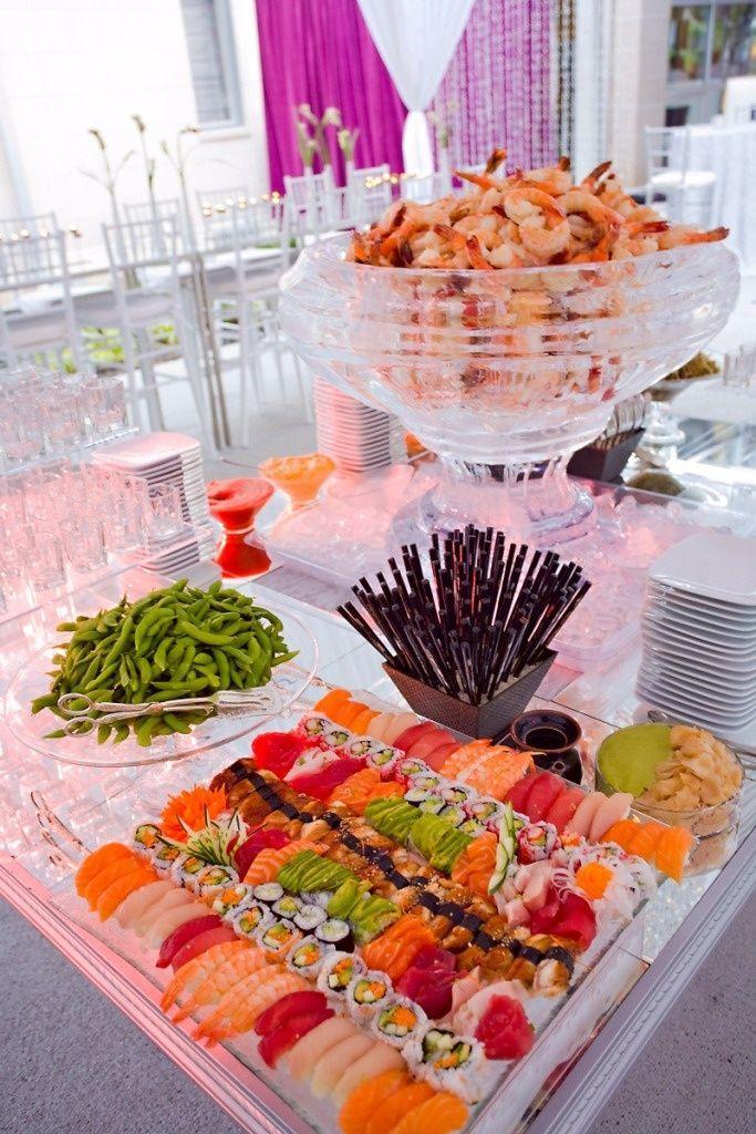 Hochzeit - Fantastic Food Station Suggestions: 6 Wedding Buffet Ideas That Work For Everybody