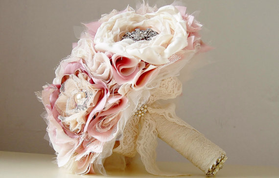 Свадьба - Wedding Brooch Bouquet,  Fabric Flower Bouquet,  Vintage Wedding,  Fabric Bridal Bouquet,  Weddings, Vintage Pink