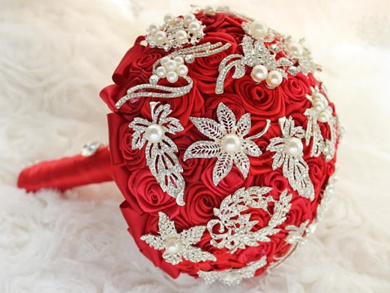 Свадьба - Made to order High End Luxury Red Ribbon Roses Vintage Pearl Brooches Bridal Bouquet Wedding Flowers Choose your color Jewelry